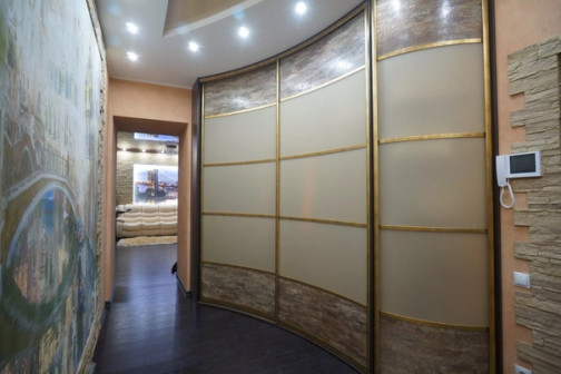 Шкафы купе и Кухни на заказ в Омске