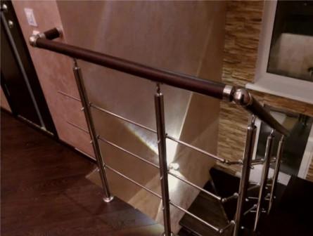 Перила для забежных лестниц