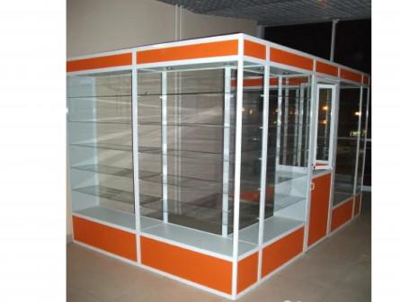Витрины стеклянные для сувениров