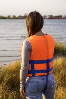 Купить спасательный жилет