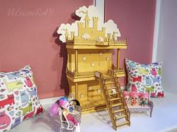 Кукольный домик с мебелью. Замок в облаках.