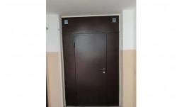 Двери металлические, перегородки, решетки, люки