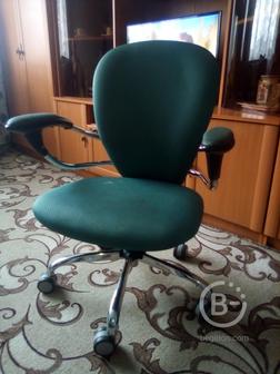 Продам стул.