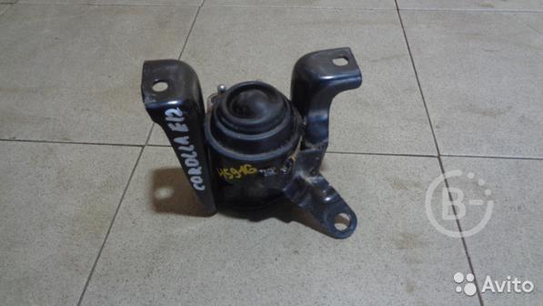 Опора двигателя правая Toyota Corolla (E120)