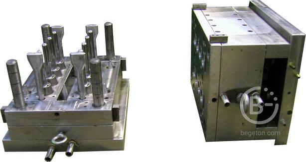 Горячеканальная литьевая пресс-форма, для изготовления преформ 94гр. на 8гн