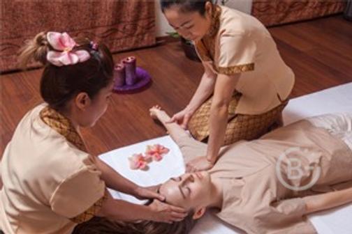 Традиционный тайский массаж в 4 руки