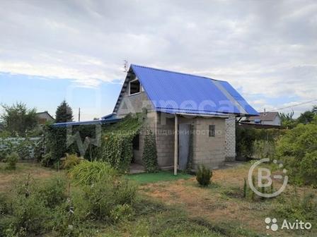 Дом 50 м² на участке 9 сот