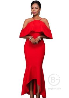 Красное платье с воланом