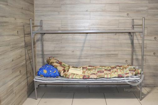 Двухъярусная кровать металлическая для рабочих Эконом-4(700)
