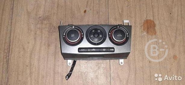 Блок управления отопителем Mazda 3 BK