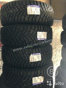 Зимние шипованные шины 205/55R16 Michelin