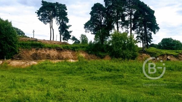 Уютный участок 16 сток в петле реки под Псковом