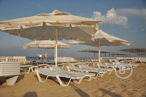Зонты 3х3 м. и 4х4 м. для кафе, пляжей, ресторанов