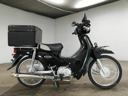 Мотоцикл дорожный Honda Super Cub рама AA04 скутерета передний багажник рундук гв 2012