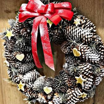 Венок на дверь новогодний