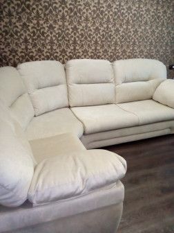 Обшивка мягкой мебели ремонт