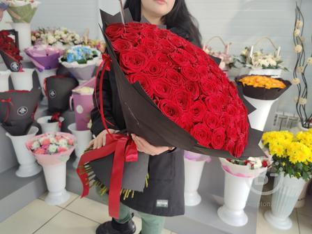 Букет 101 роза Халиф