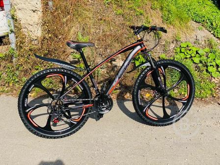 Велосипед на литых дисках JSN
