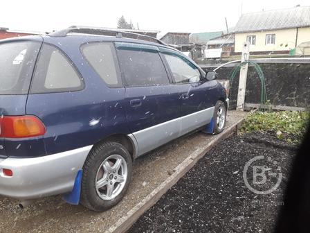 Автомобиль TOYOTA IPSUM
