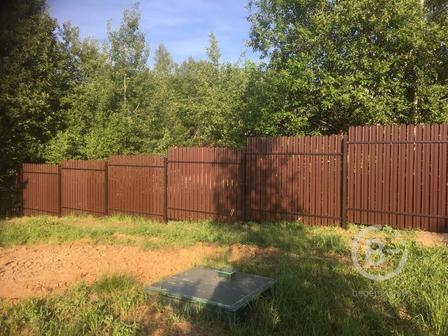 Строим заборы, ворота под ключ. У нас вы можете заказать: - Забор из профнастила - Забор из евроштакетника - Забор из дерева - Забор 3D - Забор Жалюзи - Ворота откатные ( механические, автоматические) - Ворота распашные ( механические, автоматические) -  Калитки - Ленточный фундамент Работаем сами поэтому цены низкие.