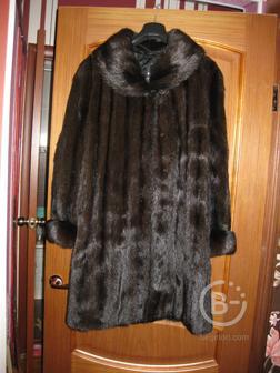 Шуба  норковая,цвета махагон,импортная,произвоство Голландия,шкурки цельные