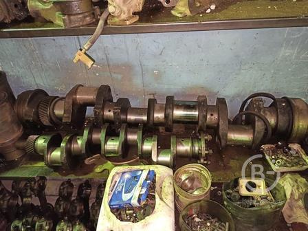 Коленвал двигателя 8ДВТ-330 для бульдозера Т-330 с хранения