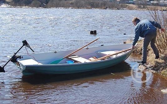 "Моторно-гребная лодка""Фофан"""