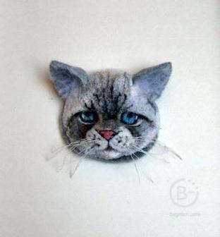 """Брошь""""Серый кот"""""""