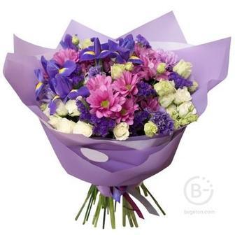 Ирисы 5 шт, статица 3 шт, розы кустовые 3 шт, хризантемы 4 шт, эустома 2 шт