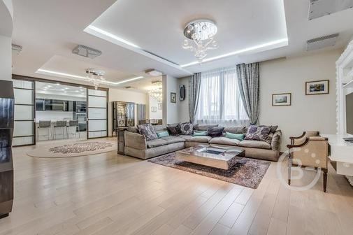 Роскошная двухуровневая квартира 270 кв.м