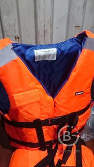 Распродаю спасательные жилеты