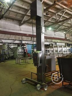 Столбовой(мачтовый)подъёмник-опрокидыватель передвижной