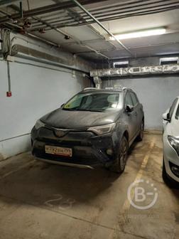 Машиноместо в паркинге