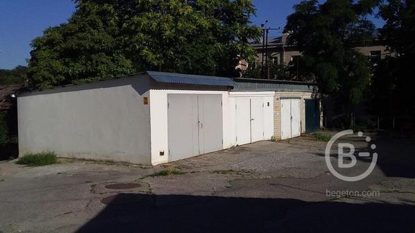 Продам гараж пл. 38 кв.м., Пятигорск, ул. Красноармейская 11