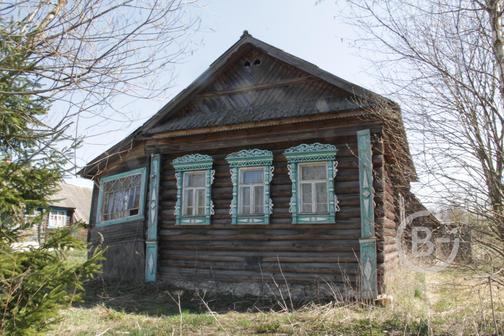 Продаётся бревенчатый жилой дом в деревне Кондряево, недорого