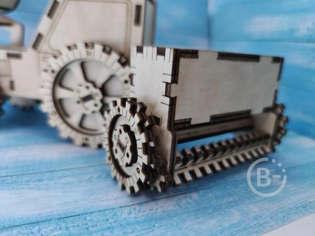 Сеялка для трактора игрушечная