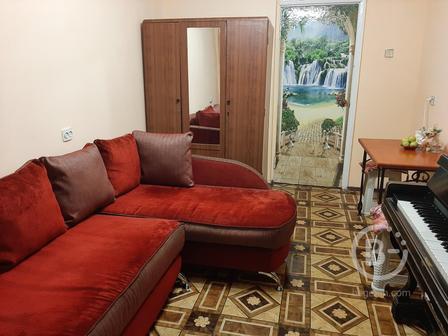 Комната с балконом район Сельмаш