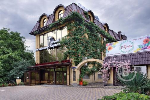 Ночной Квартал гостинично-ресторанный комплекс
