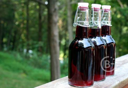 Натуральный красный виноградный уксус