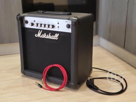Marshall Mg15 CF +Гитарный Кабель (Комбоусилитель)
