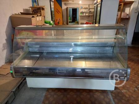 Холодильная витрина 1,8*1,3м