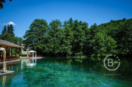 «Голубое озеро»+теснина Черекского ущелья,+горячий источник Аушигер