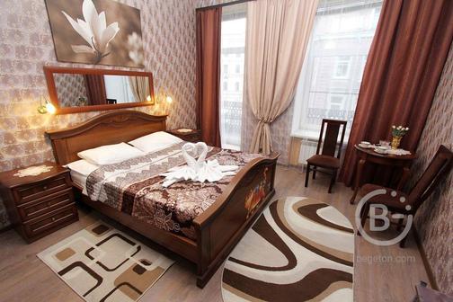 Сдам комнаты в центре СПБ от 18 м до 30 м ,в шаговой доступности от метро и Московского вокзала.