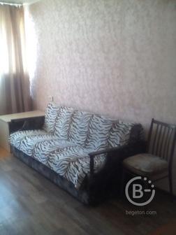 Продам 1-комнатную квартиру в кирпичном доме