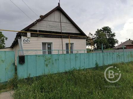 Продается дом общей площадью 38,5 кв.м. на 17 сотках земли