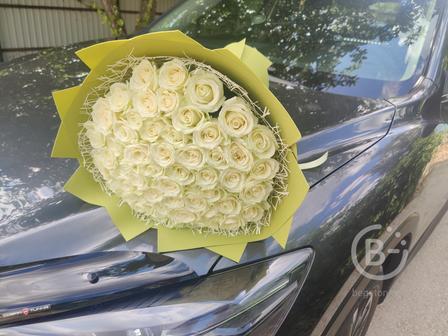 купить белые розы в Липецке