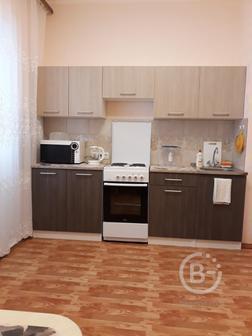 Сдам, уютную, однокомнатную квартиру в районе ТЦ Ясень,Автовокзал.