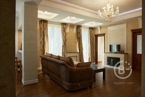 3-комнатная квартира с ремонтом в Сочи