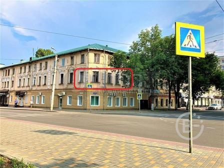 Продам 2-х комнатную квартиру в центре города!