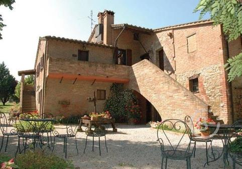 Продается Сельский дом Passignano Sul Trasimeno